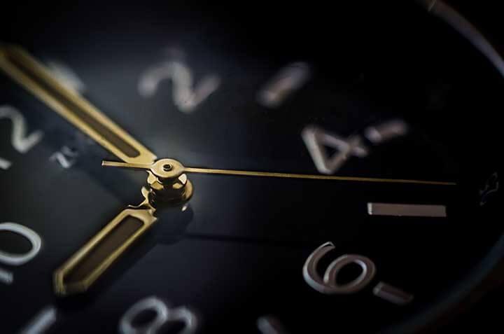 İngilis dilində saatlar